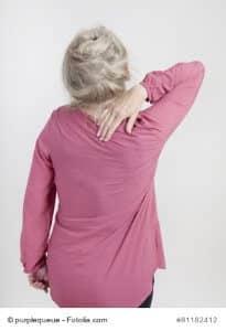 Nackenschmerzen – Ursachen und Gegenmittel