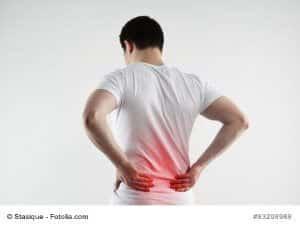 Kreuzbeinschmerzen – Ursachen und Gegenmittel