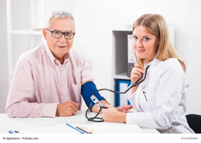 Warum es wichtig ist den Blutdruck im Auge zu behalten..