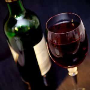 Rotwein Als Ursache Für Schwarzen Stuhlgang