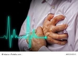 Anzeichen für Herzinfarkt – wie Sie einen Infarkt erkennen