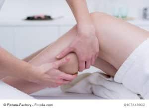 Wadenzerrung – Ursachen, Symptome, Behandlung